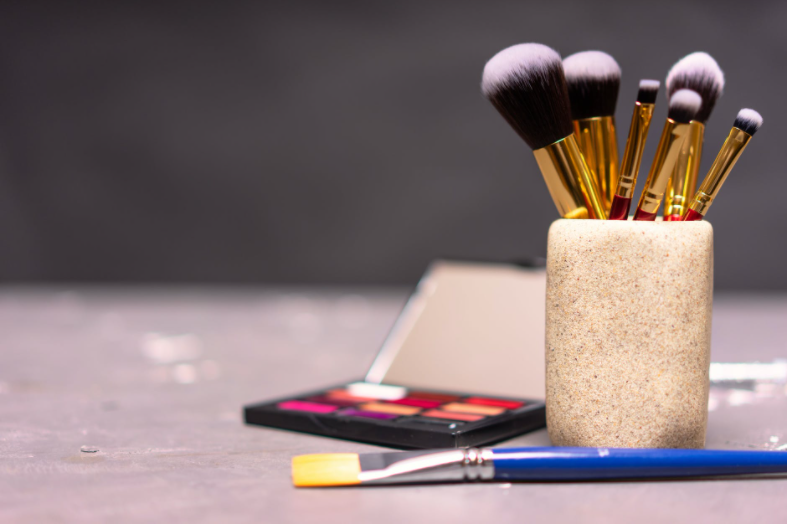 5 TIPS FOR BUYING BEAUTY PRODUCTS ONLINE